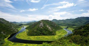 Ö i Lake skadar, nationalpark i Montenegro
